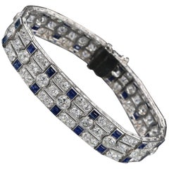 Platinum, Diamonds and Sapphires French Art Deco Bracelet