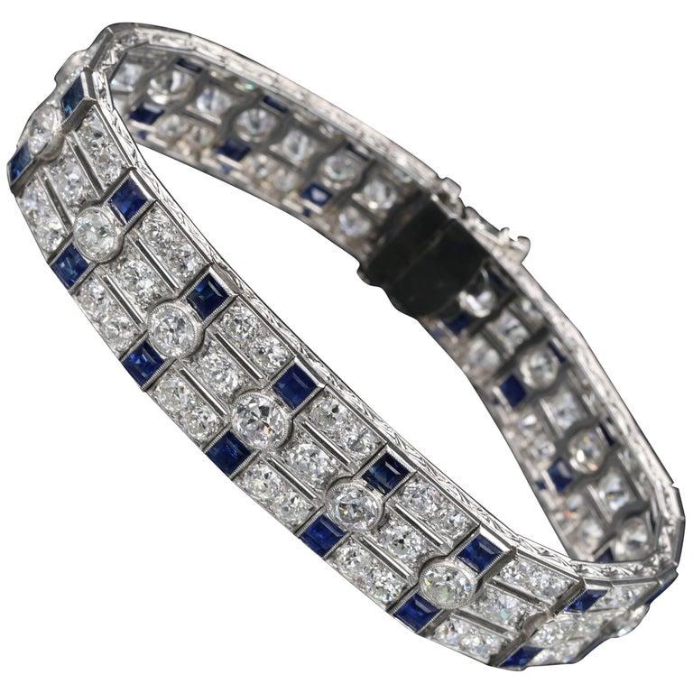 Platinum, Diamonds and Sapphires French Art Deco Bracelet