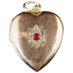Antique Victorian Gold Heart Locket Ruby Paste, circa 1900