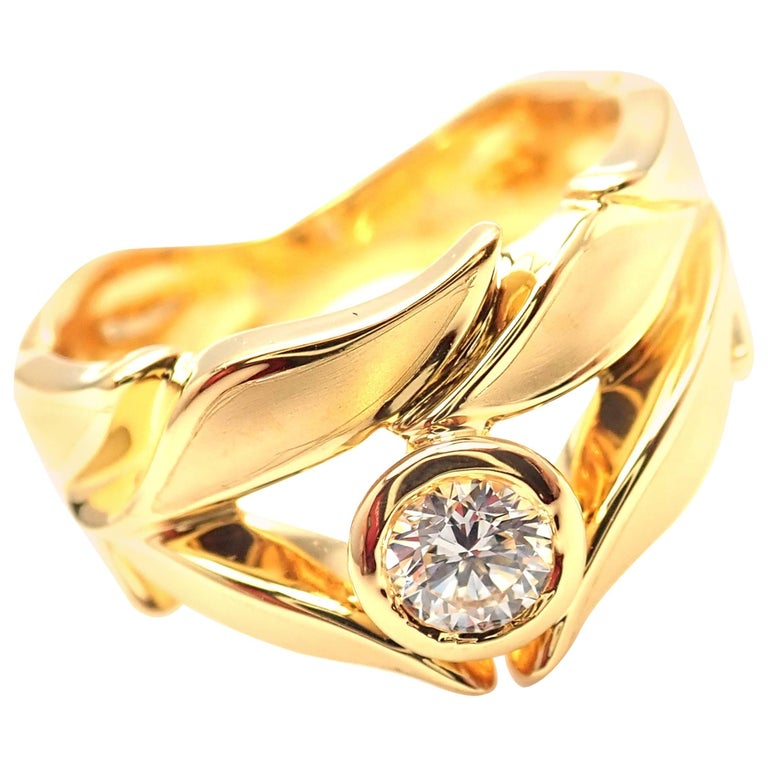 Carrera Y Carrera Mi Princes Greco Roman Diamond Crown Yellow Gold Band Ring