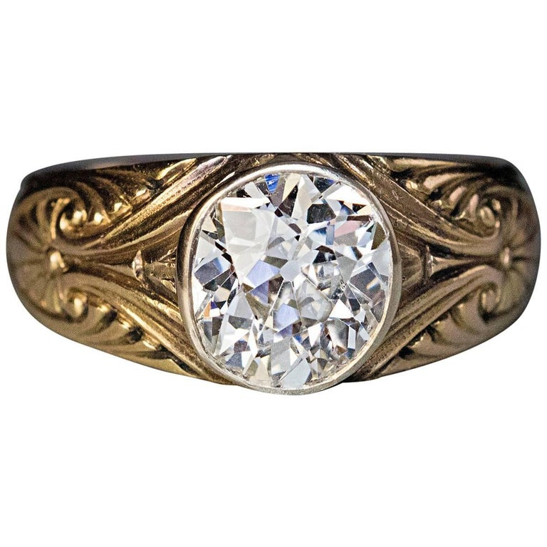 Antique Russian 1.85 Carat Old Mine Cut Diamond Gold  Ring For Sale