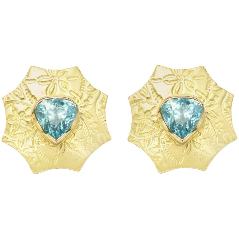 8 73 Ct Trilliant Cut Blue Zircon And 18kt Gold Sand Dollar Earrings With Omegas For