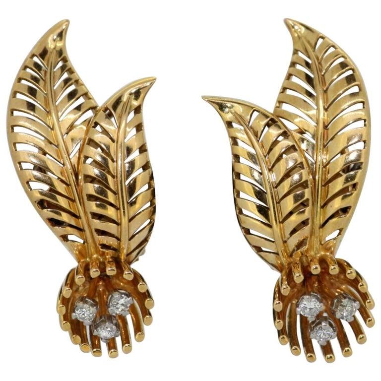 Vintage French 18 Karat Yellow Gold Ladies Earrings with Diamonds, circa 1970s