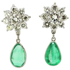 18 Karat White Gold Ladies Clip-On Earrings with Diamonds and Emerald