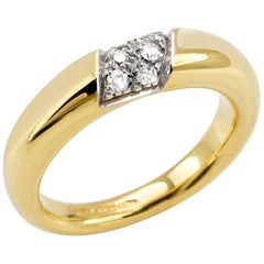 """Ring from the Collection """"Essence"""" 18 Karat Yellow Gold and Diamonds"""