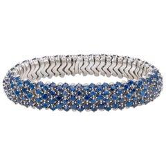 Flirt Collection 18 Karat White Gold Bracelet in Blu Sapphire