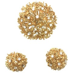 1960s David Webb 18 Karat Yellow Gold Earrings and Brooch Set with Diamonds