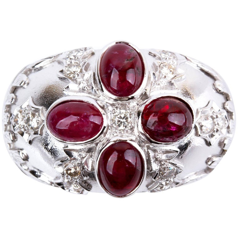 Gold Diamond and Ruby Ring