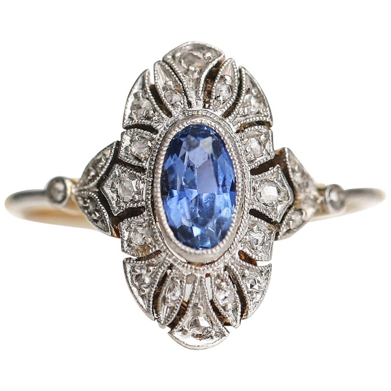 1920s .50 Carat Sapphire and Diamond Platinum 18 Karat Gold Engagement Ring