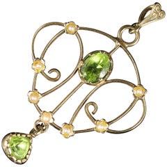 Victorian Peridot Pearl Pendant 9 Carat Gold