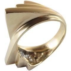 Emer Roberts Modern Curved Fan Ring