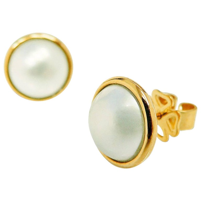 Kian Design 18 Carat Yellow Gold Mabe Pearl Earrings For Sale