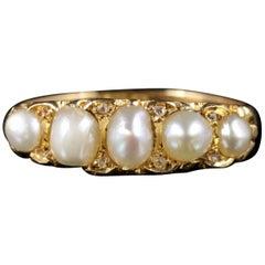 Antique Victorian Pearl Diamond Ring 18 Carat Gold, circa 1870
