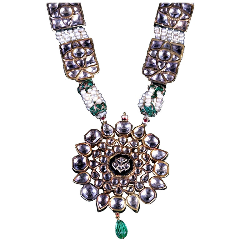Maharaja to Be Necklace with Medallion