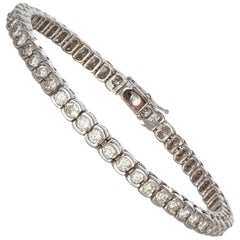 Ladies 14 Karat White Gold and Diamond Tennis Bracelet 3.20 Carat