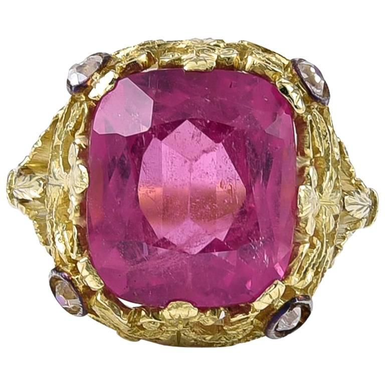 An exceptional Vivid Pink Tourmaline Ring For Sale