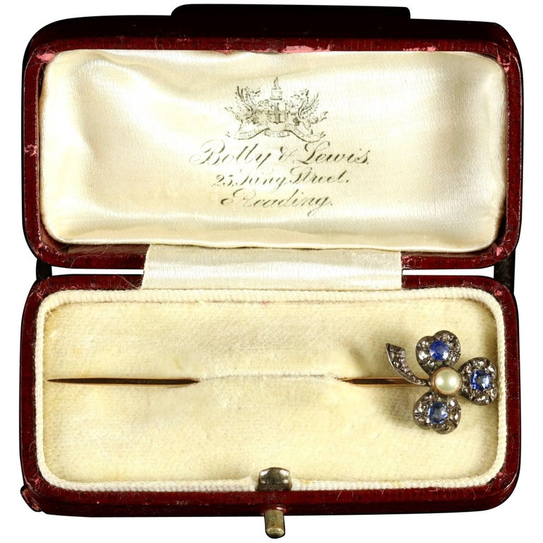 Victorian Sapphire Diamond Pin 18 Carat Shamrock, circa 1880