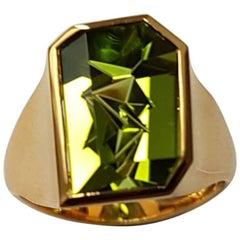 Peridot Atelier Munsteiner Ring Yellow Gold
