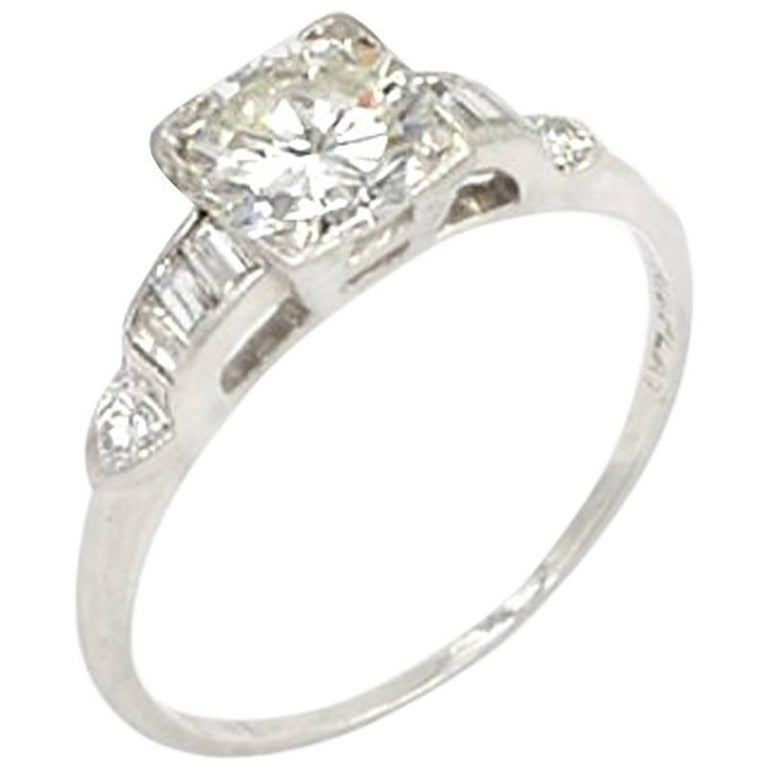 Vintage 0.84 Carat Round Brilliant Cut Diamond and Platinum Engagement Ring