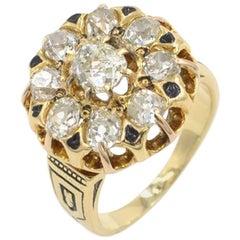 Victorian Old Mine Cut Diamond and 18 Karat Gold Cluster Ring, circa 1880s