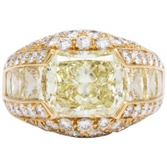 18 Karat Yellow Gold and Fancy Color Diamond Cocktail Ring