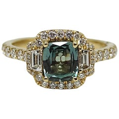 Alexandrite and Diamond Yellow Gold Ring