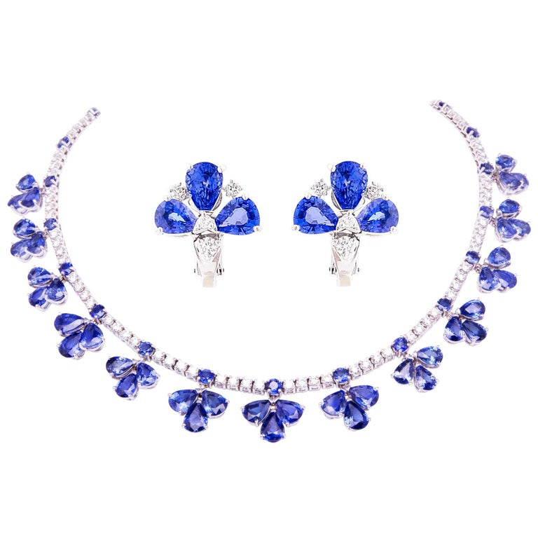 Ella Gafter Blue Ceylon Sapphire Diamond Flower Necklace For Sale