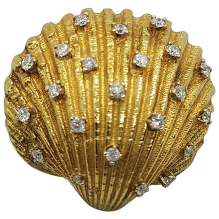 Yellow Gold and 1.10 Carat of Diamond Shell Broach