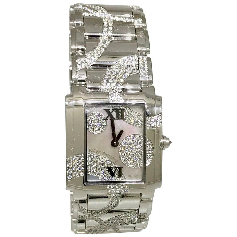 Patek Philippe Ladies White Gold Diamond Twenty-4 Bracelet Wristwatch 4910/49g For Sale