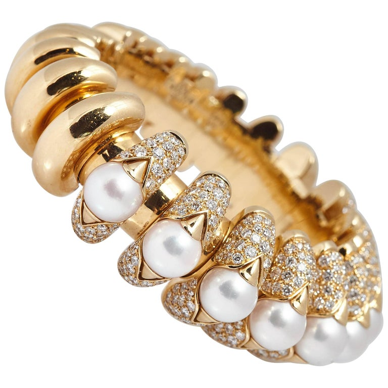 Bulgari Pearl Diamond Gold Bracelet