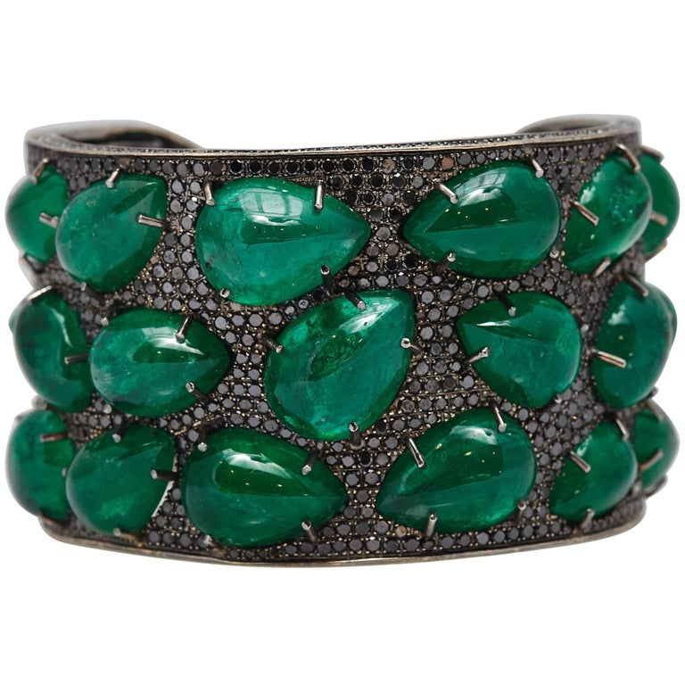 Emerald Black Diamond Gold Bracelet