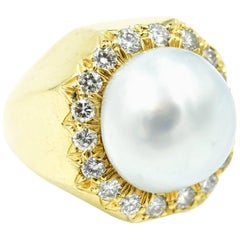 Henry Dunay Pearl Diamond Gold Ring