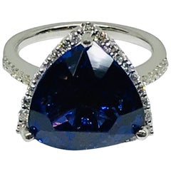 11.71 Carat Natural Trillion Shape Tanzanite and Diamond Halo Ring 14 Karat Gold