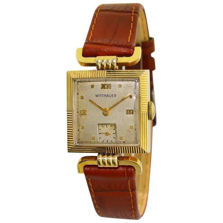 Wittnauer Yellow Gold Filled Articulated Lugs Manual Wristwatch, circa 1940s