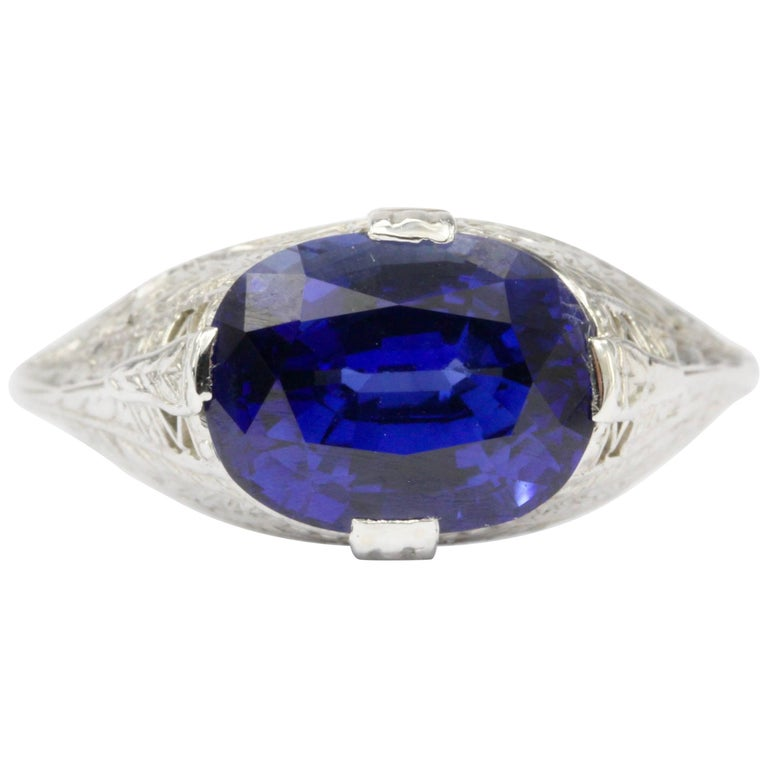 Art Deco White Gold 4.09 Carat Natural Gia Royal Blue Sapphire Ring For Sale
