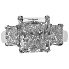 2.78 Carat Radiant Diamond Two Side Radiant Diamonds .95 Carat Platinum Ring