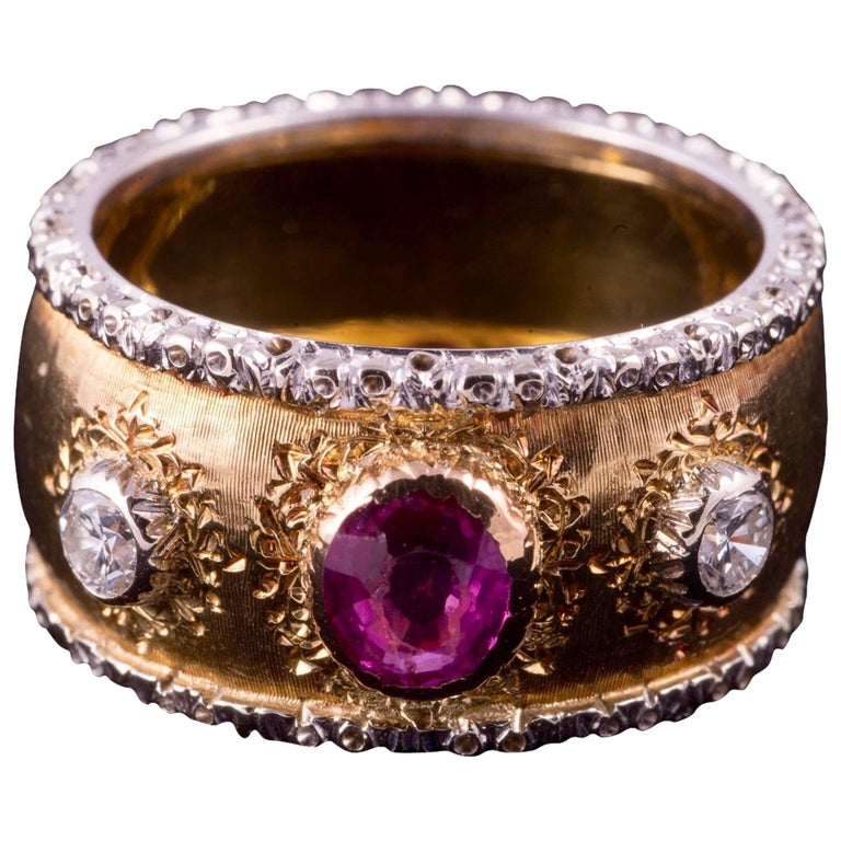 Buccellati Ruby and Diamond Ring in 18 Karat Gold For Sale