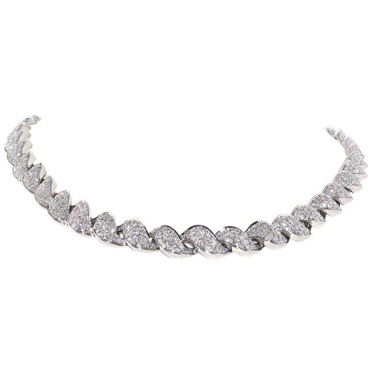 Diamond and White Gold Necklace, over 12 Carat of White Diamonds