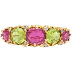 Antique Victorian Chrysolite and Garnet Gold Half-Hoop Ring, circa 1840
