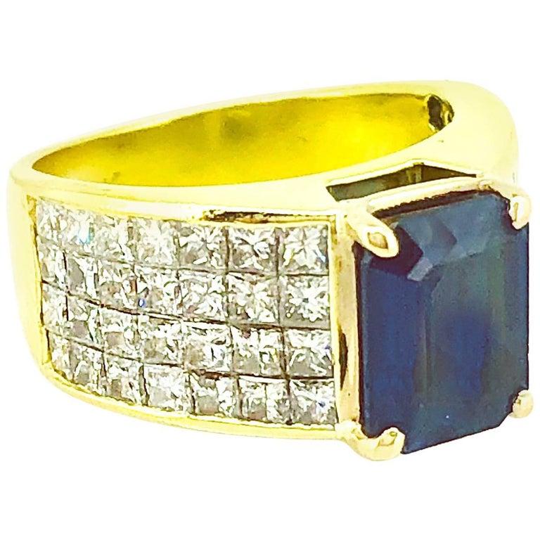 2.50 Carat Sapphire and Diamond Engagement Fashion Ring 18 Karat Yellow Gold