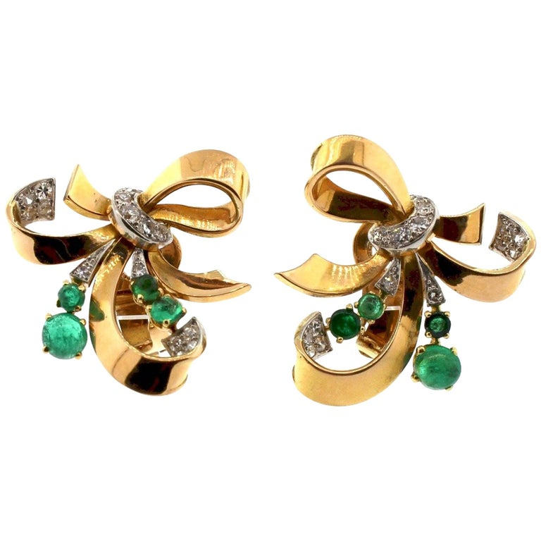Modernist Retro Emerald Diamond 18 Karat Yellow Gold Ribbon Earrings