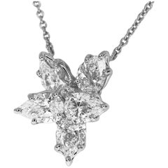 Harry Winston Cluster by Harry Winston Pendant Medium Diamonds 1.77 Carat