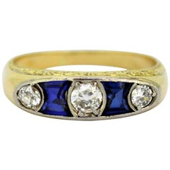 Victorian 18 Karat Gold Ladies Ring with Old Cut Diamonds and Blue Sapphire