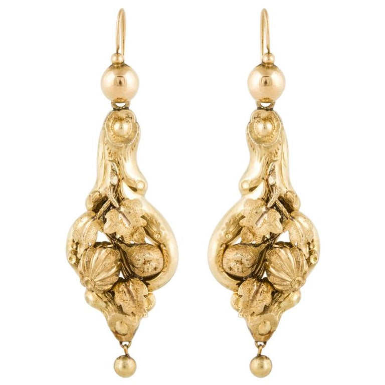 15 Karat Yellow Gold Victorian Earrings