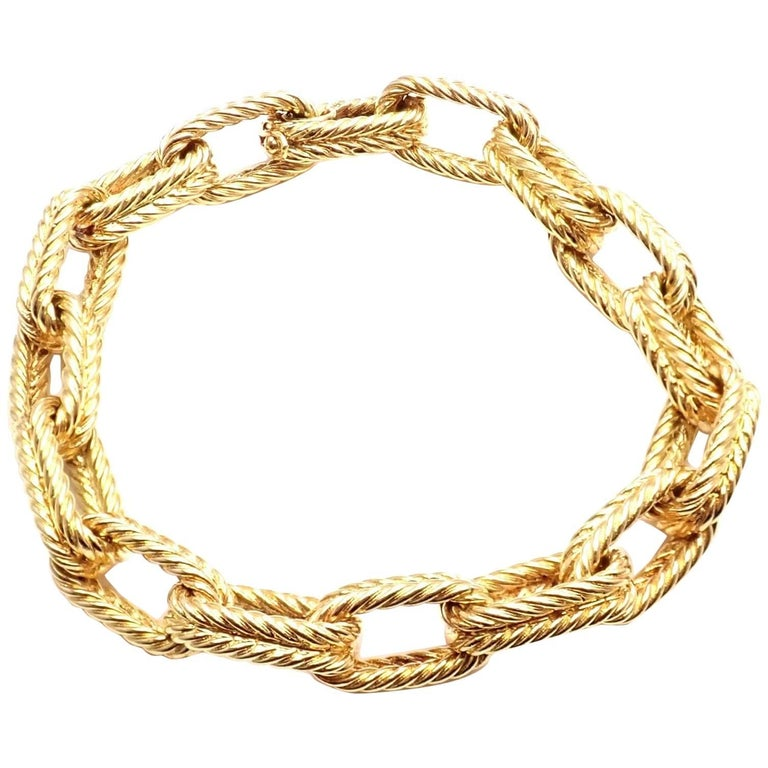 Vintage Van Cleef & Arpels Textured Yellow Gold Link Bracelet For Sale