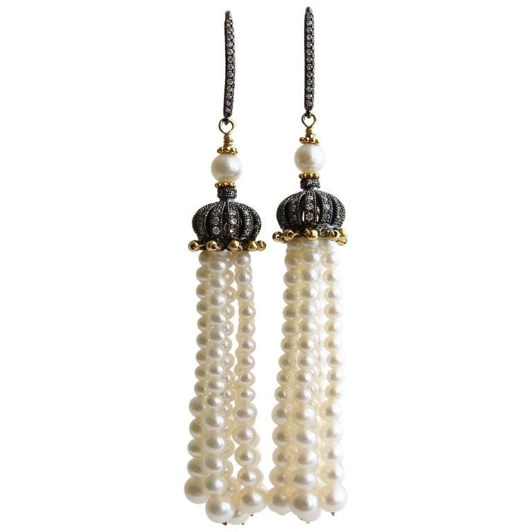 Graduated Pearl Tassel Earrings