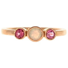 Alice Ring 18 Karat Rose Gold Opal and Pink Spinel