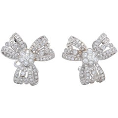 1960s Light and Airy Delicate Bow Knot Motif Diamond, White Gold Earclips