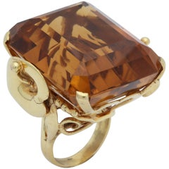 1940s Impressive Large Honey Citrine with Sculptural Gold Mounting Cocktail Ring