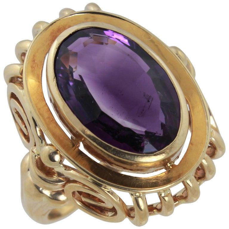 Amethyst Set in 18 Karat Yellow Gold Edwardian Style Ring
